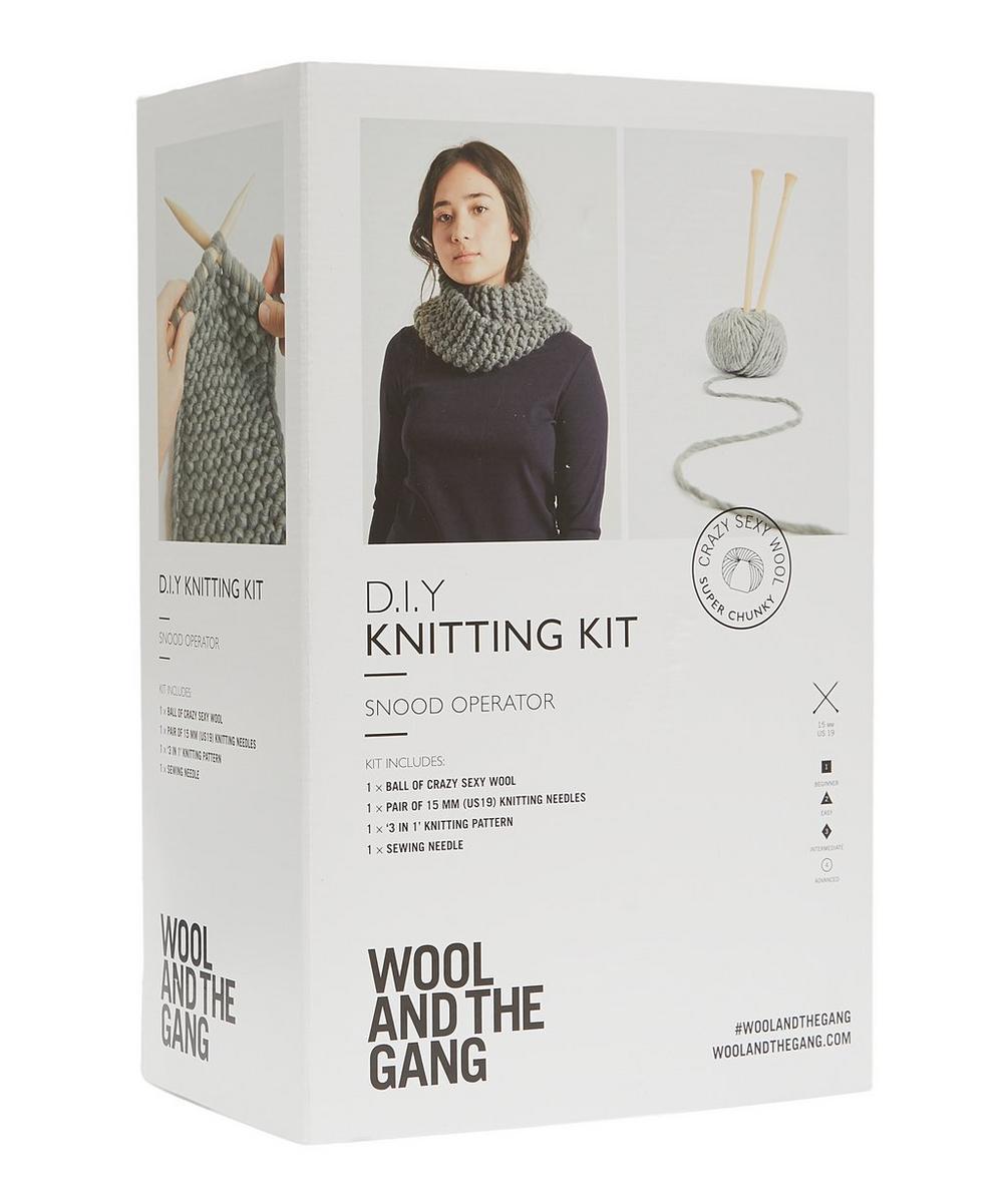 Snood Operator Knitting Kit