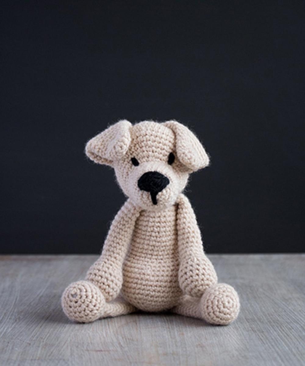 Eleanor the Labrador Crochet Toy Kit