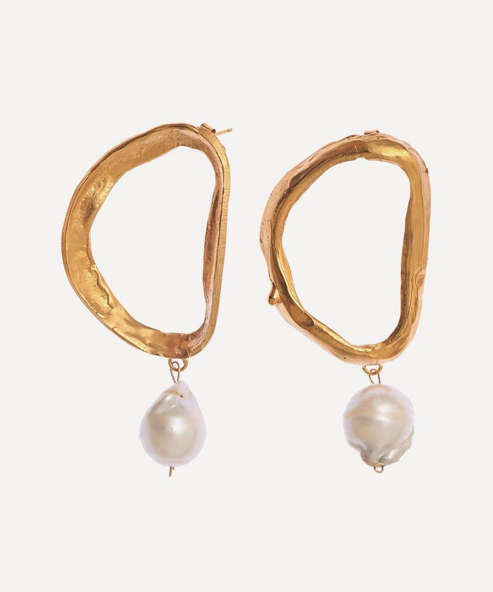 Gold-Plated Dante's Shadow Pearl Earrings