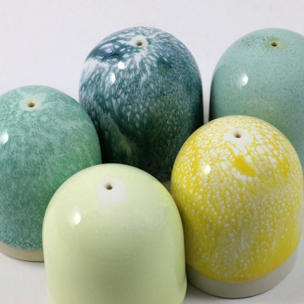 Assorted Colour Pinch Salt Shaker
