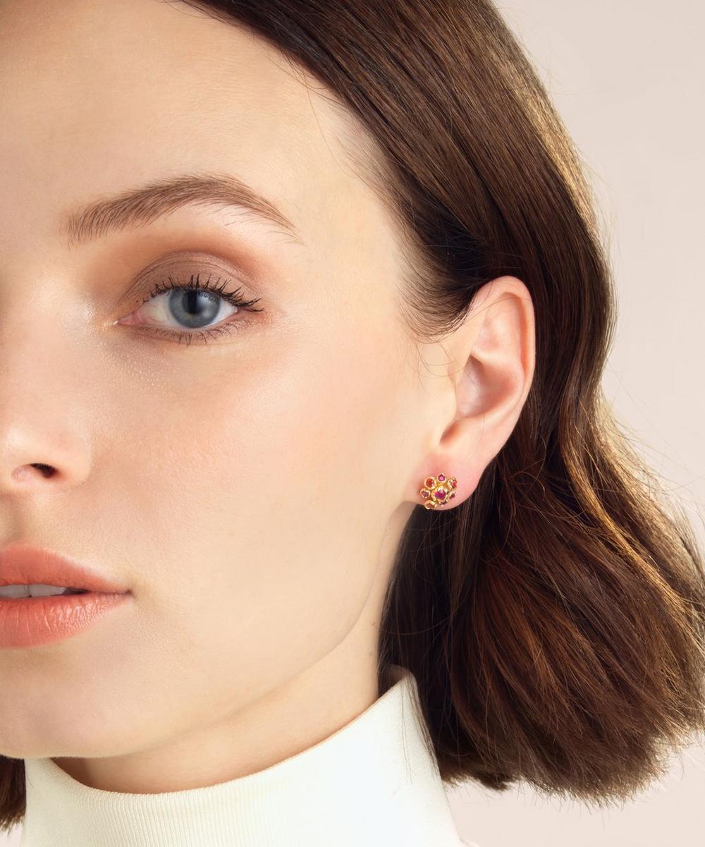 18ct Gold Hidden Reef Sapphire Stud Earrings