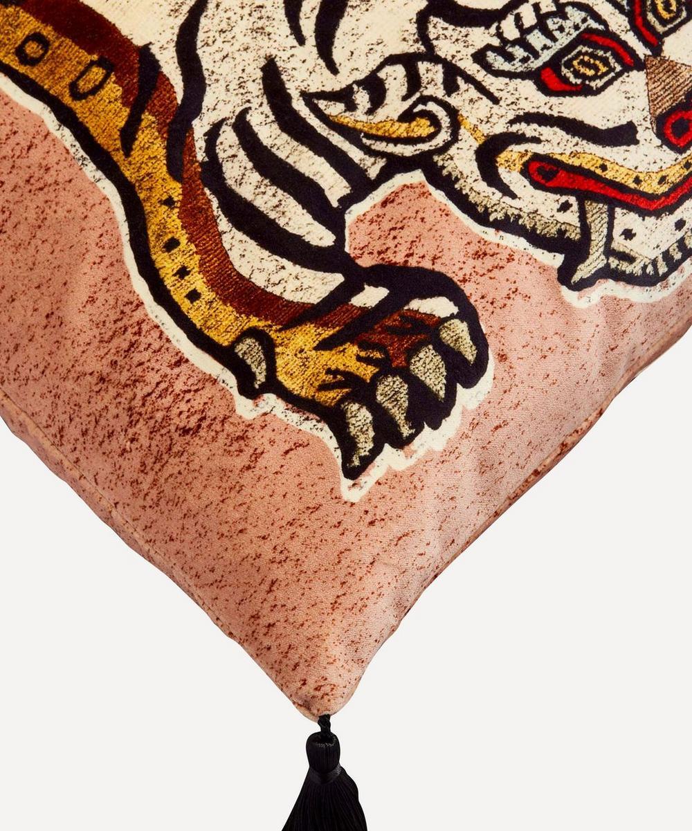 Tigris Cotton Velvet Tassel Cushion