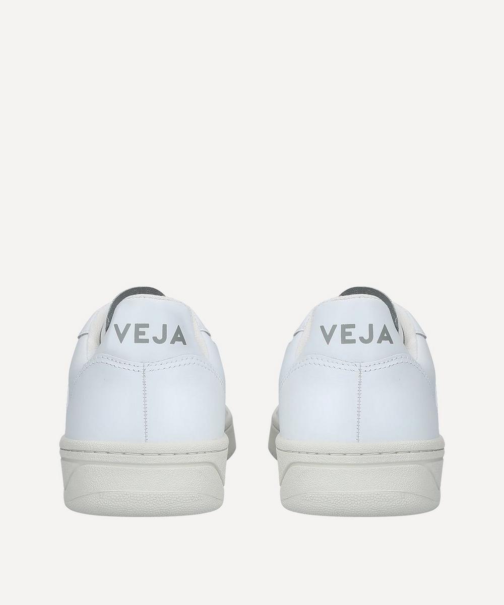 V-10 Sneakers