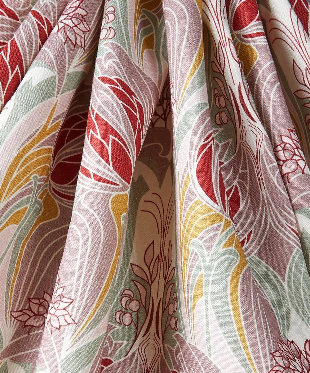 Katherine Nouveau Emberton Linen in Lacquer