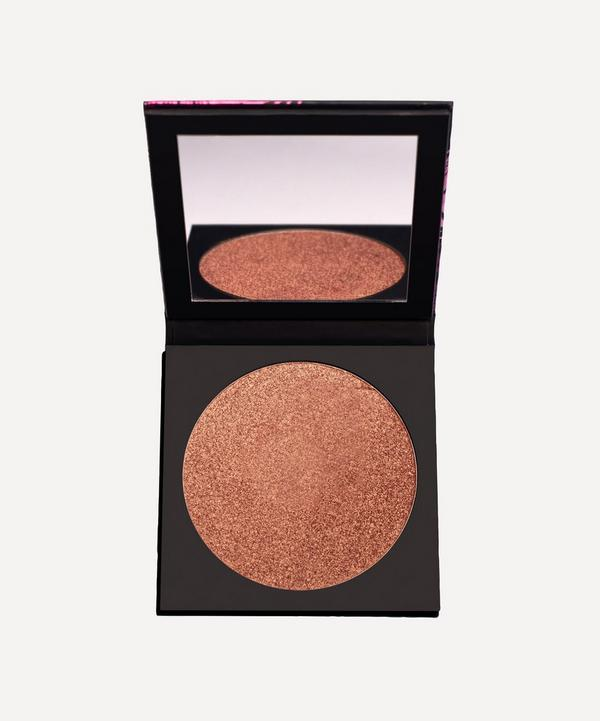 UOMA Beauty - Black Magic Carnival Bronzing Highlighter in Notting Hill