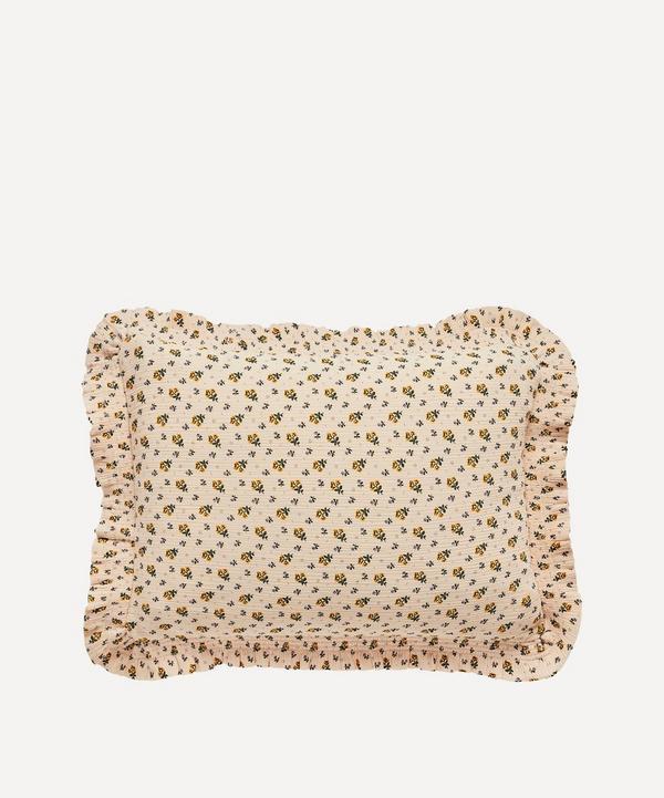 Projektityyny - Leinikki Smocked Frill Cushion
