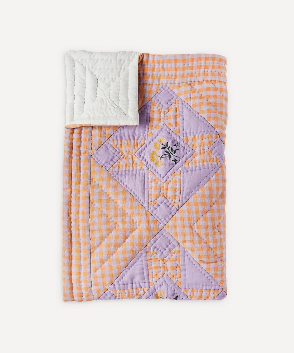 Projektityyny - Leinikki Embroidered Gingham Quilt