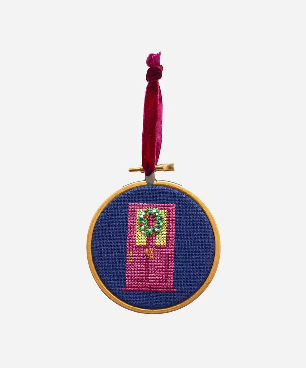 Bobo Stitch - Christmas Wreath Bauble Cross Stitch Kit