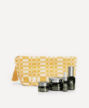 x Cabana Wash Bag Kit