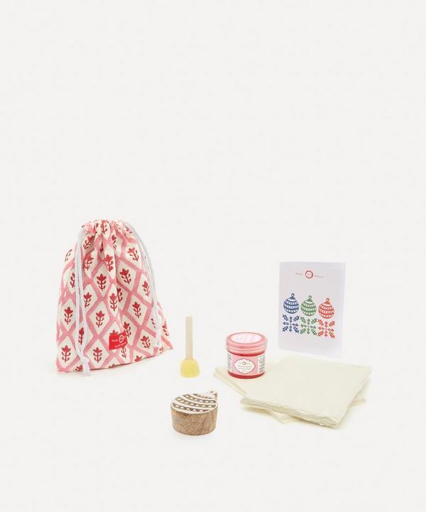 Molly Mahon - Christmas Card Block Print Kit Bauble Berry