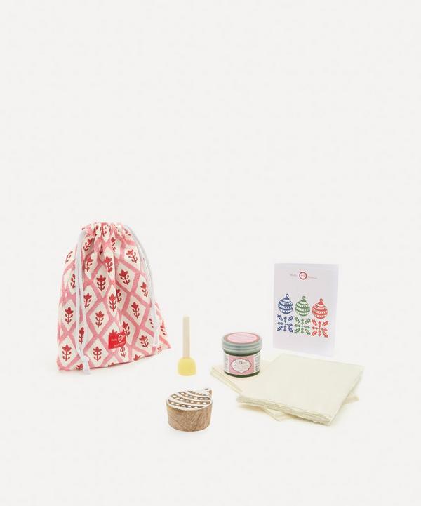 Molly Mahon - Christmas Card Block Print Kit Bauble Moss