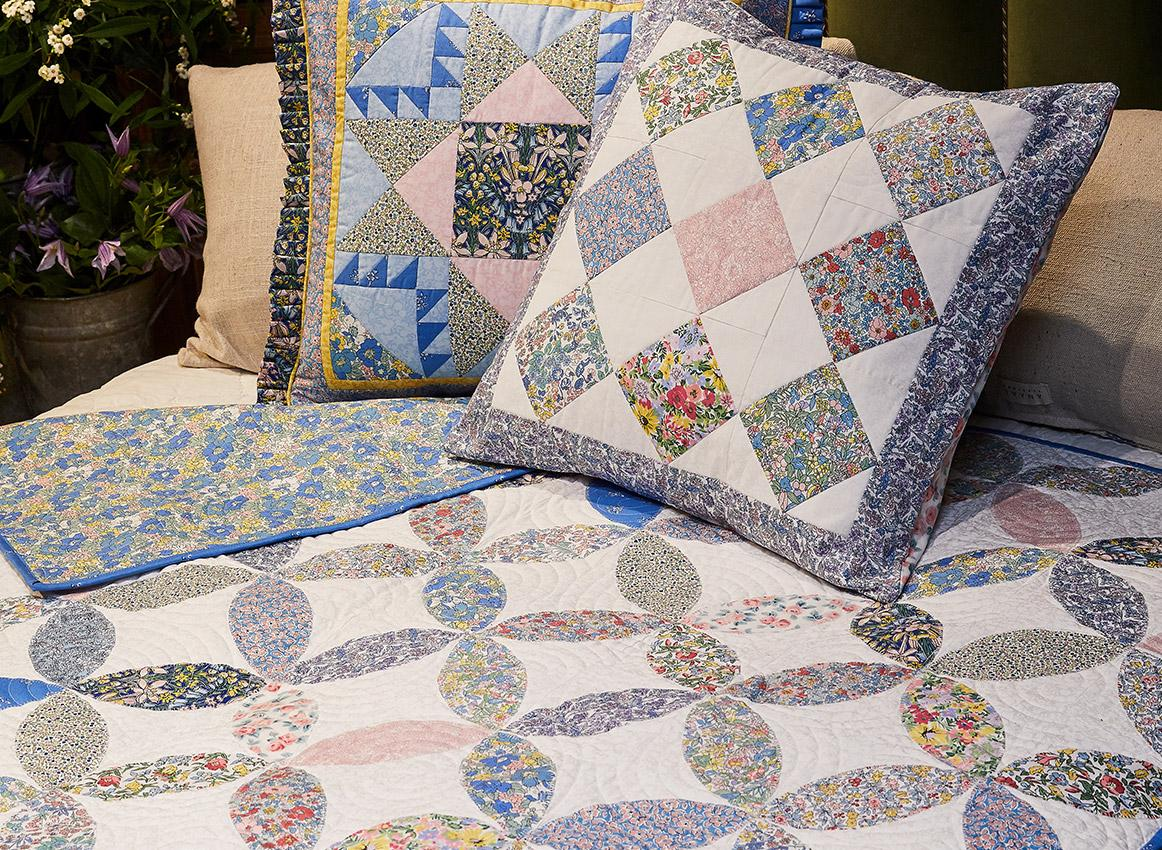 The Flower Show Cushion and Quilt Projects