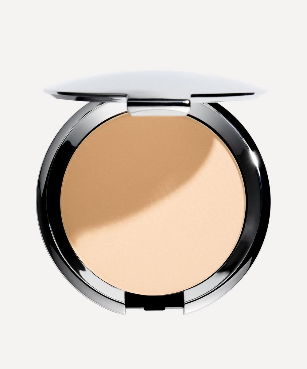 Compact Make-Up