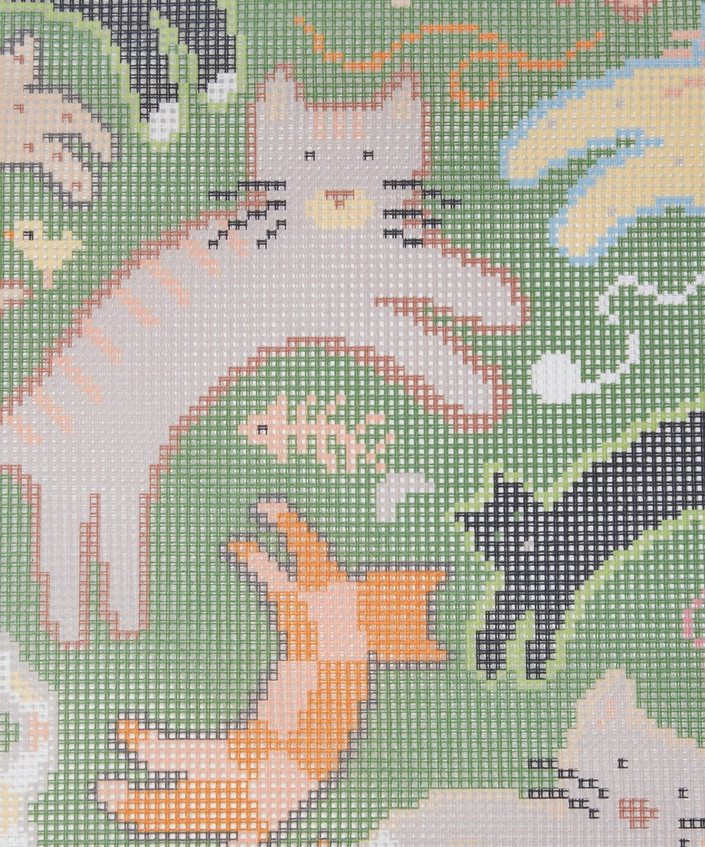 Jumpin' Jack Cats Tapestry Kit