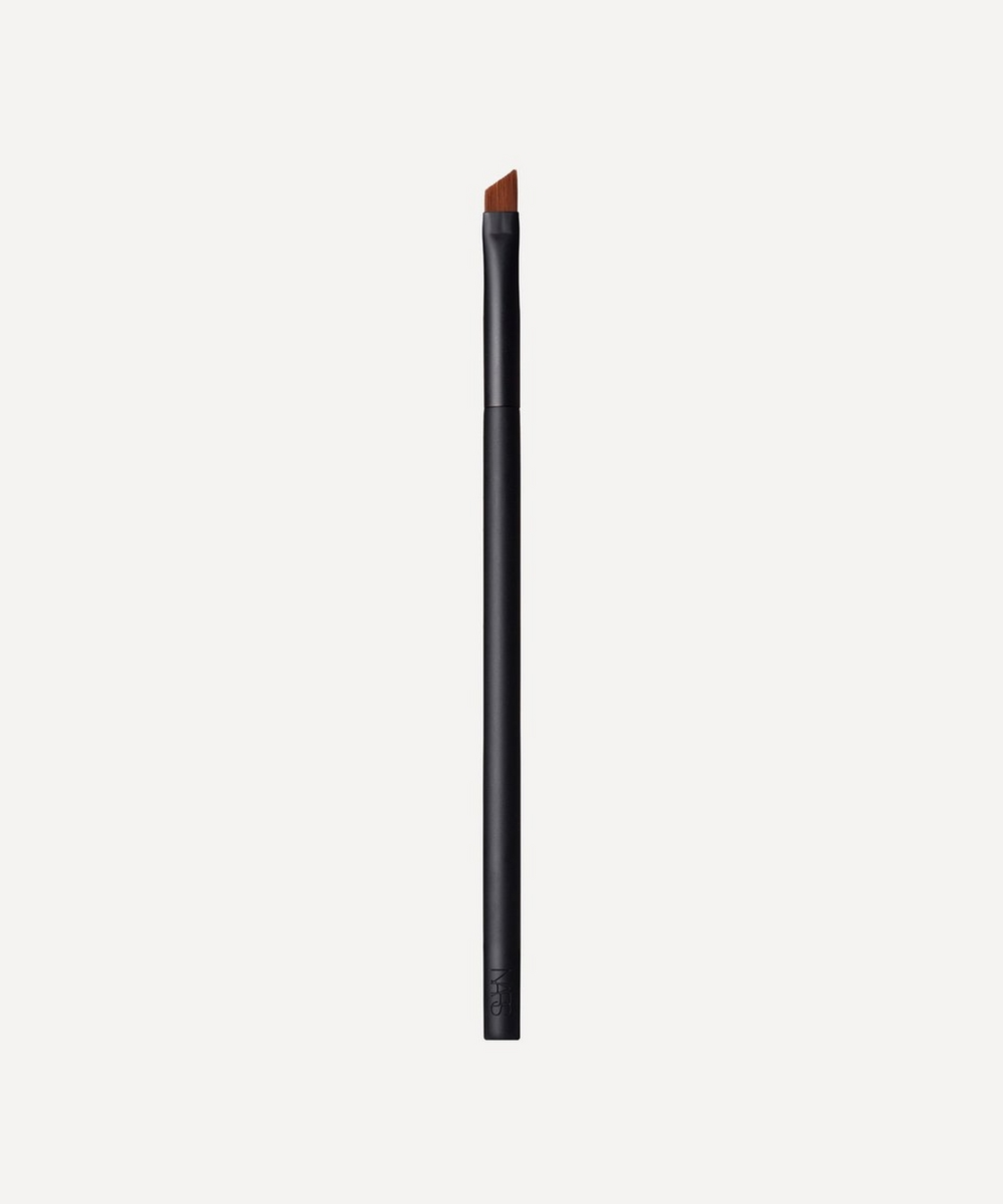 #47 Angled Eyeliner Brush