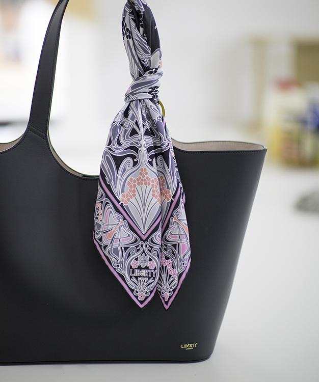 Making Of: The Foulard Collection