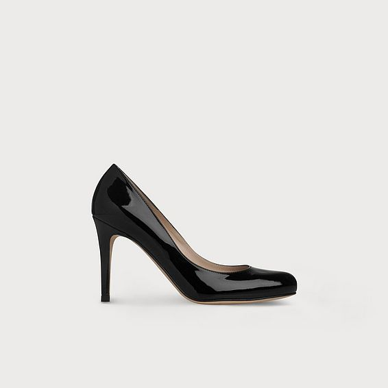 Stila Black Patent Leather Courts