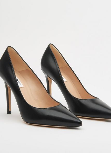 Fern Black Leather Pointed Toe Court