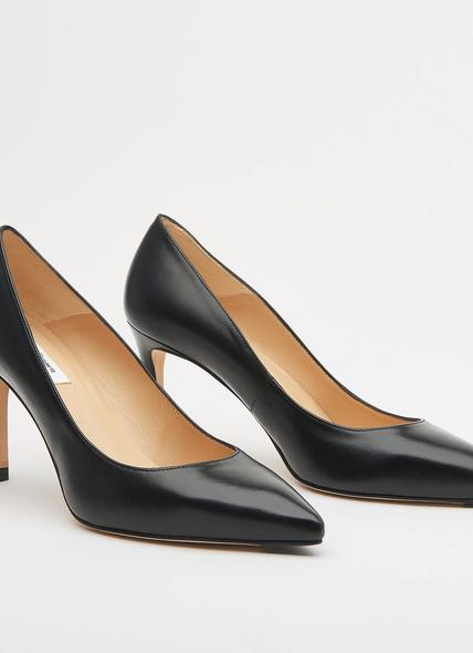 Floret Black Leather Pointed Toe Courts