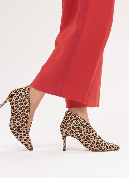 Corrina Leopard Print Courts