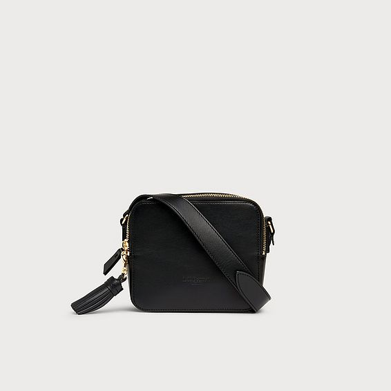 Marion Black Leather Shoulder Bag