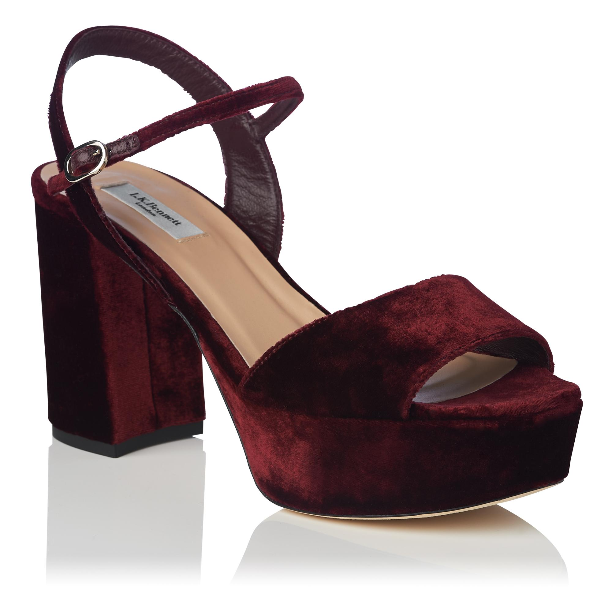 zoom Home Shoes; Tap Keriss Sandals to · Velvet qR81w