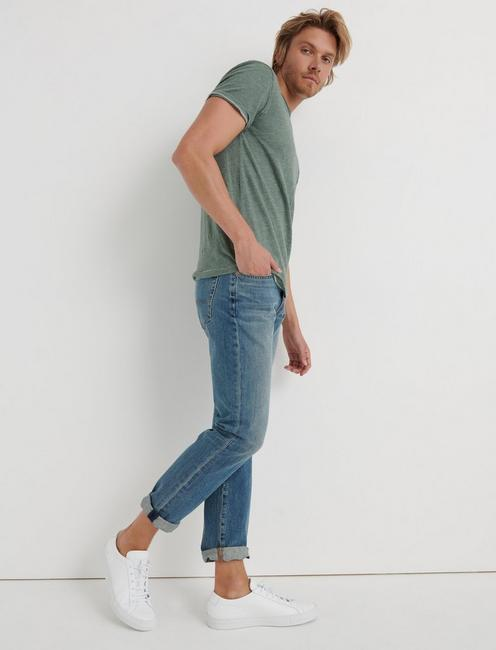 121 SLIM VERTICAL STRETCH JEAN, REDWOOD