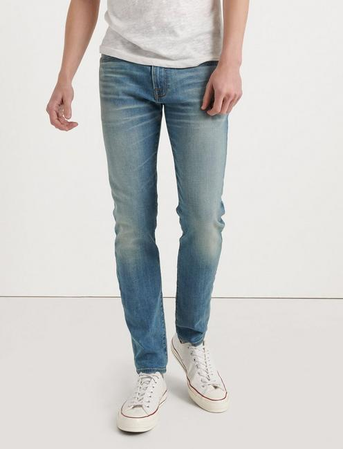105 SLIM TAPER COOLMAX JEAN,
