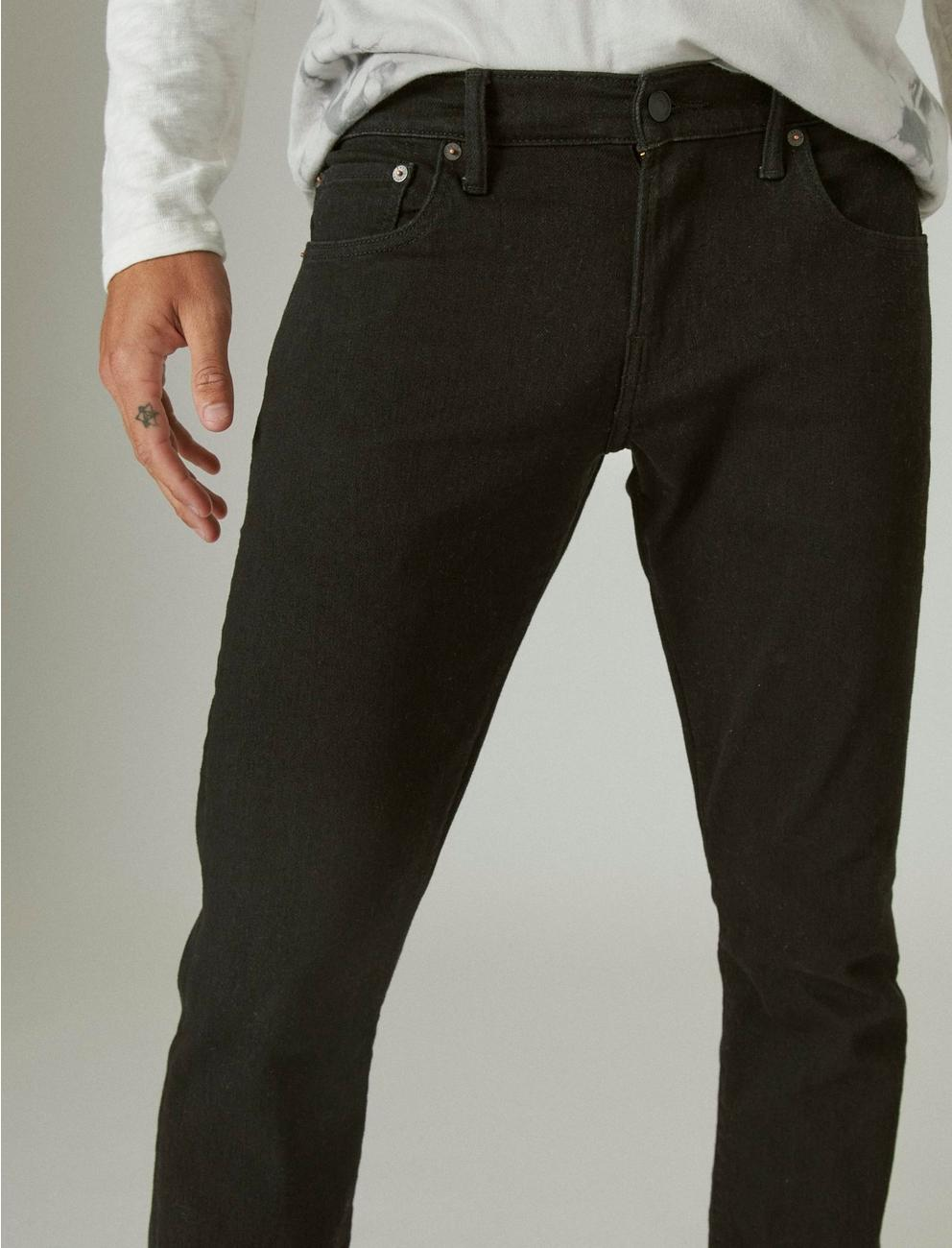 110 SLIM ADVANCED STRETCH JEAN, BLACK RINSE
