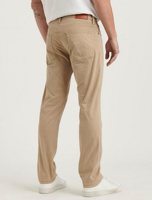 110 SLIM SATEEN STRETCH JEAN, SAND