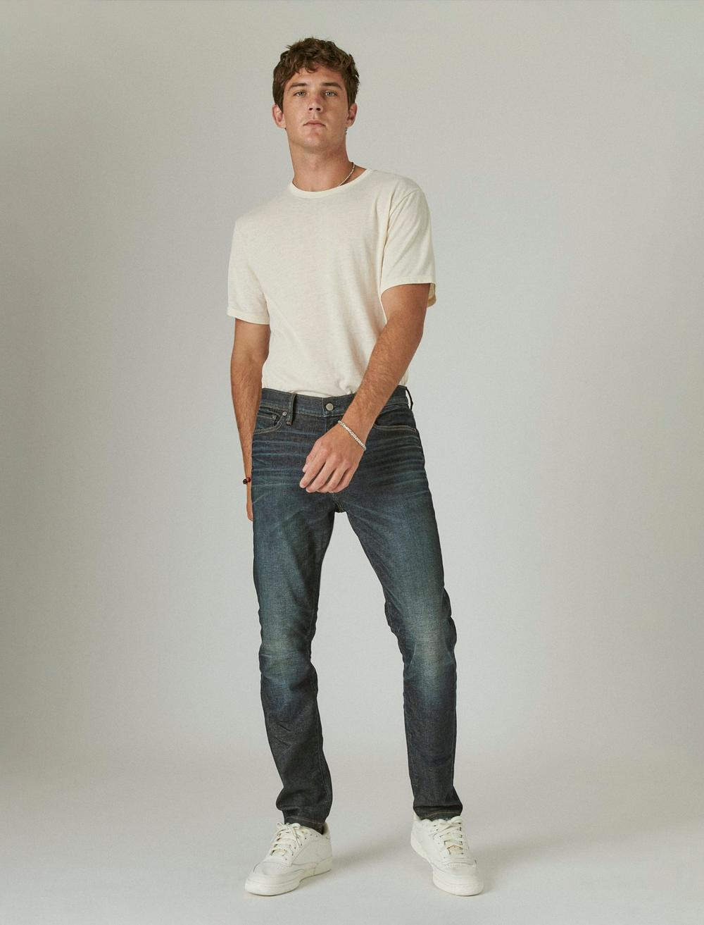 411 ATHLETIC TAPER ADVANCED STRETCH JEAN, image 1
