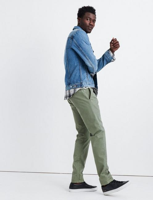 121 Slim COOLMAX STRETCH CHINO, DEEP LICHEN GREEN