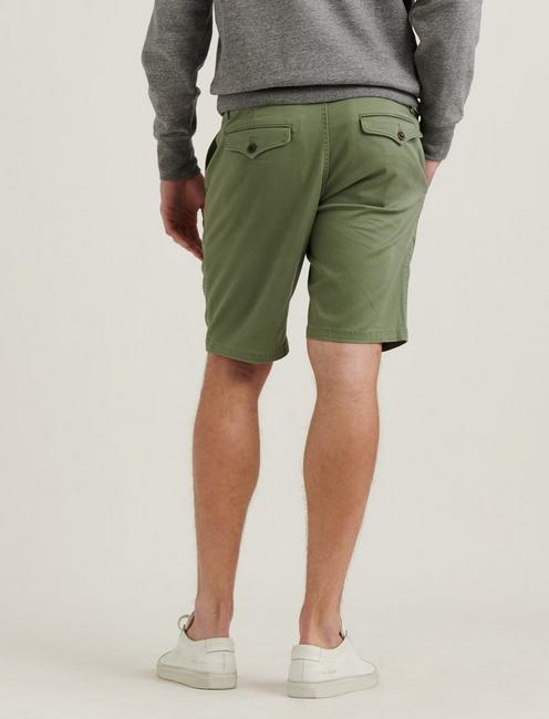 SATURDAY STRETCH FLAT FRONT SHORT, FOUR LEAF CLOVER