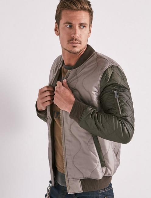 abc337298 Quilted Colorblock Bomber Jacket