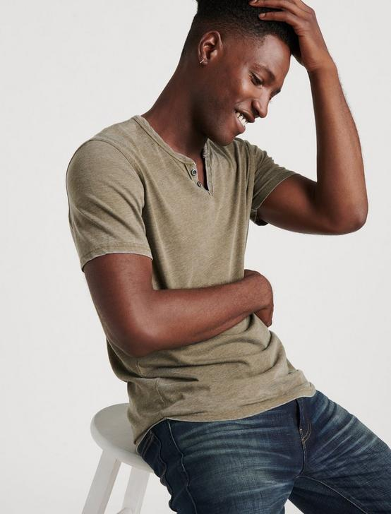 VENICE BURNOUT NOTCH TEE, DARK OLIVE, productTileDesktop