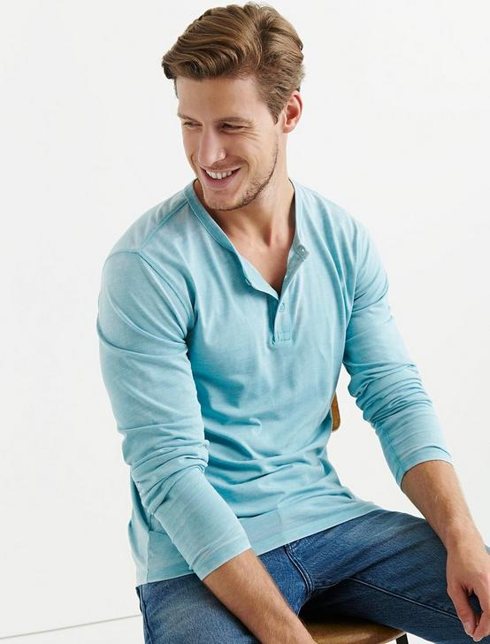 VENICE BURNOUT BUTTON HENLEY, DELPHINIUM BLUE, productTileDesktop