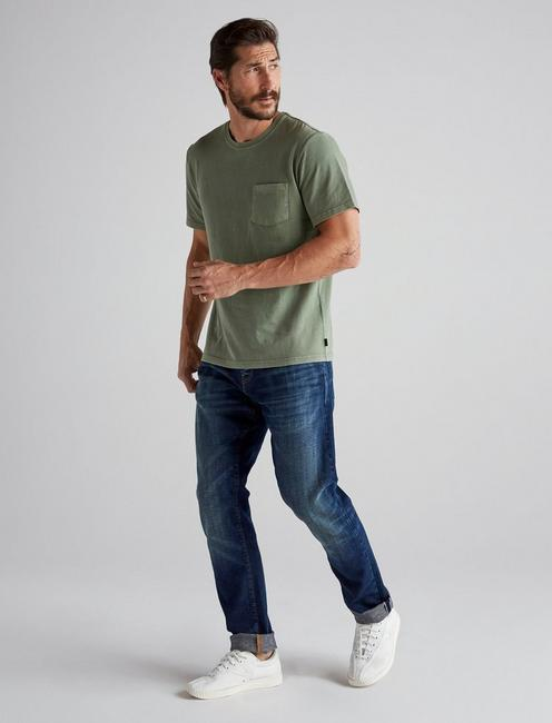 SUNSET POCKET TEE, ELM GREEN