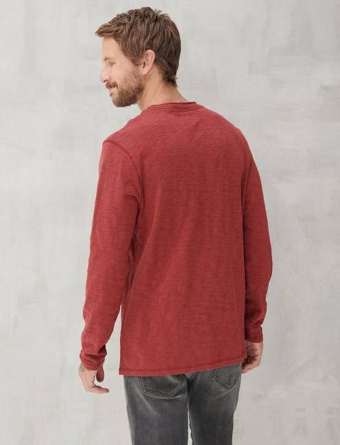 LONG SLEEVE SNAP HENLEY, MADDER BROWN