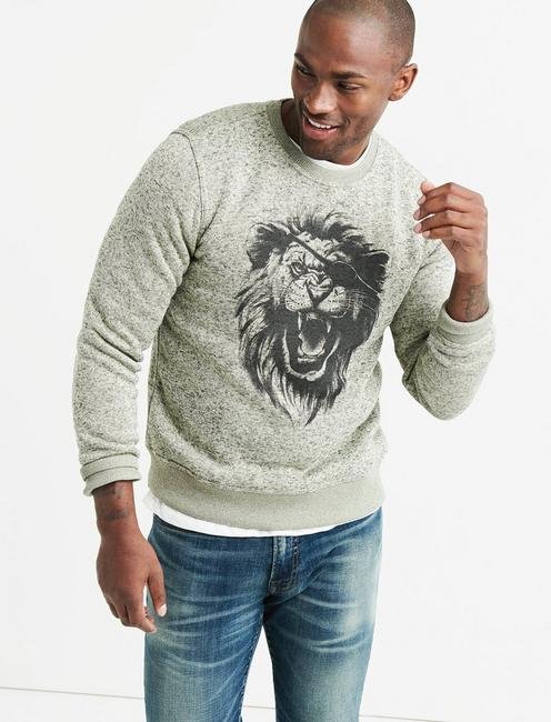 SHEARLESS FLEECE LION EYE PATCH CREW,