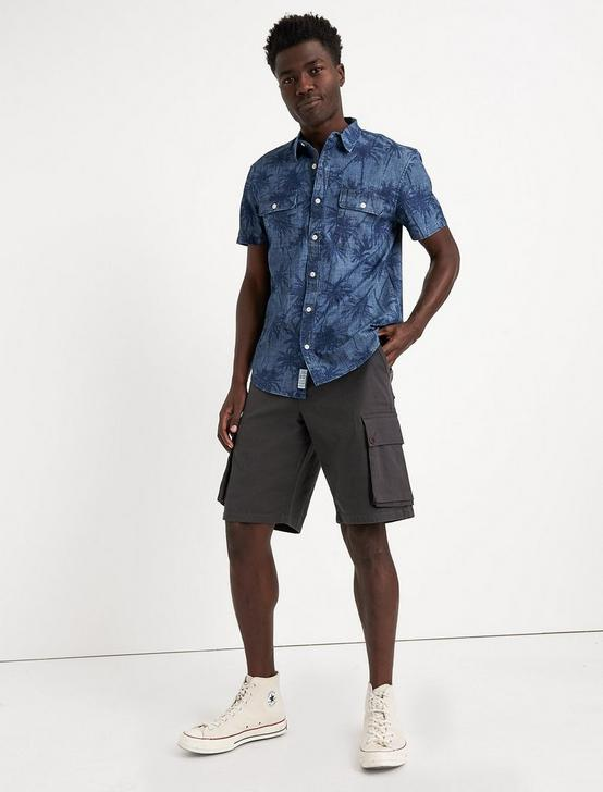 CARGO SHORT, RAVEN, productTileDesktop