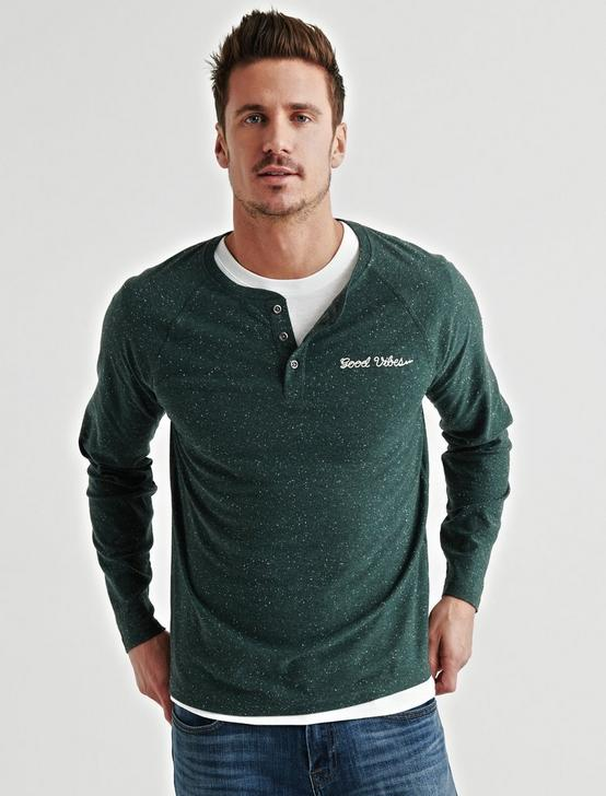 STAY GOLD SNOW HEATHER HENLEY, GREEN, productTileDesktop