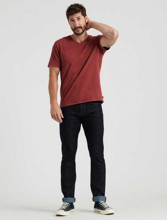 SUNSET V-NECK TEE, MADDER BROWN, productTileDesktop