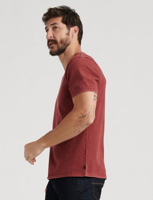 SUNSET V-NECK TEE, MADDER BROWN