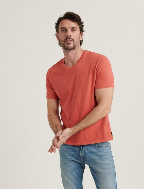 SUNSET V-NECK TEE, MINERAL RED, productTileDesktop