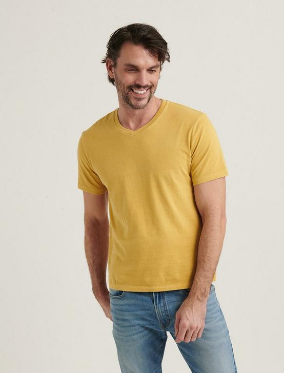 SUNSET V-NECK TEE, OCHRE, productTileDesktop
