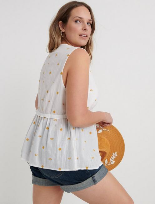 EMBROIDERED ROMANTIC TOP, LUCKY WHITE