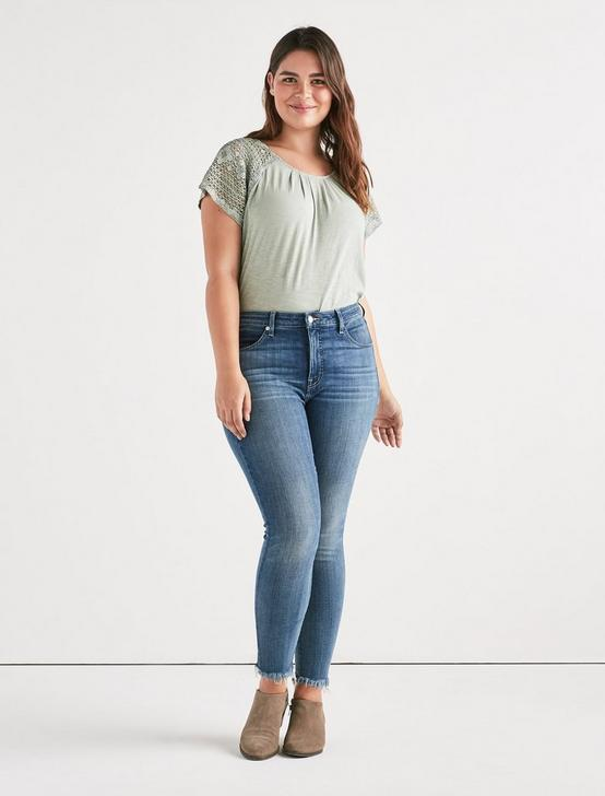 LACE SHORT SLEEVE TOP, ICEBERG GREEN, productTileDesktop