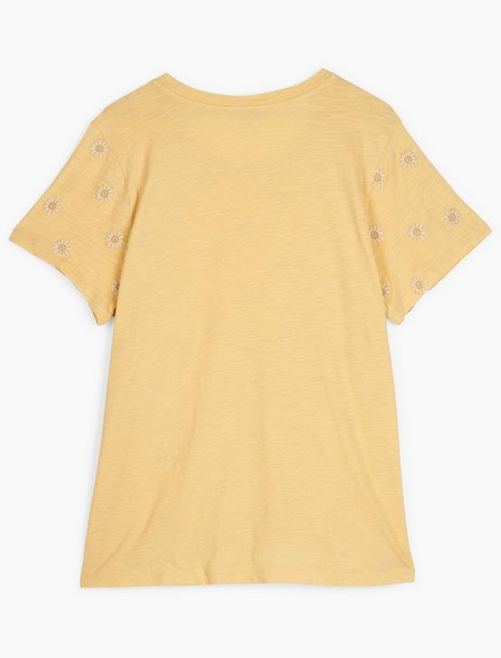 DAISY ALL OVER EMBROIDERED TEE, 748 YELLOW, productTileDesktop