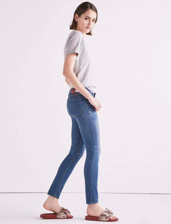 MADE IN L.A. LOLITA MID RISE SKINNY JEAN IN TAYLOR, TAYLOR, productTileDesktop