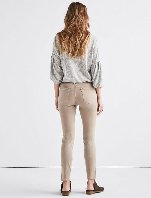 Lolita Mid Rise Skinny Jean with Vent, CINDER